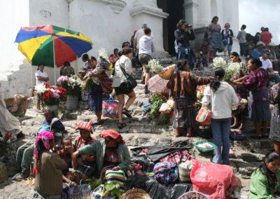 Jueves y domingos de mercado. Chichicastenango.  Guatemala